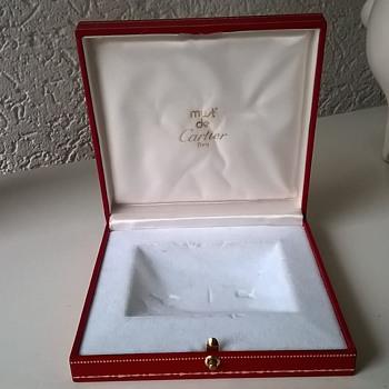 "Cartier ""Must de"" Silk Lined Presentation Box - Need Some Advice."