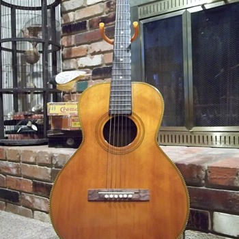 "Old ""Parlor  Guitar"""