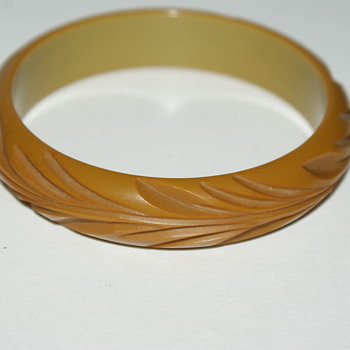 One More Bakelite Bangle - Costume Jewelry