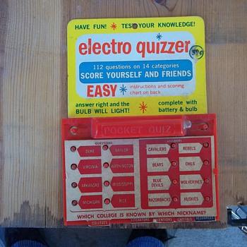 ELECTRONIC QUIZ GAME