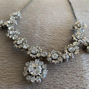 Jewelery - Costume Jewelry