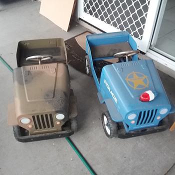 Pedal cars - Model Cars