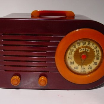 Fada Catalin Bullet Radio - Radios