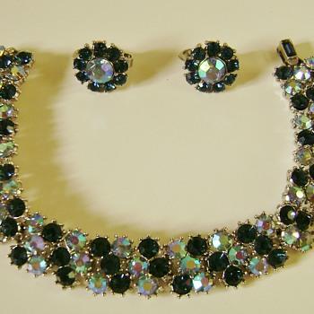 Vintage Trifari Bracelet Set - Costume Jewelry