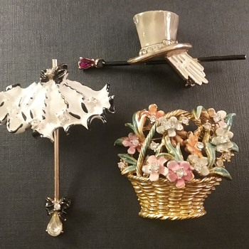 BSK 'My Fair Lady' brooches  - Costume Jewelry