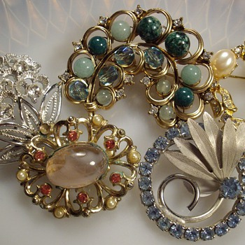 Recent Brooch Finds. - Costume Jewelry