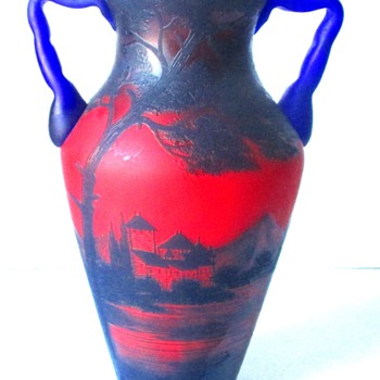 LOETZ RICHARD DOUBLE HANDLED LANDSCAPE VASE. NO PN. - Art Glass