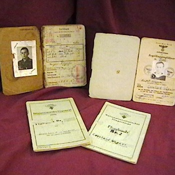 WW II German U Boat Crewman's Paybook and Flight Logs - Military and Wartime