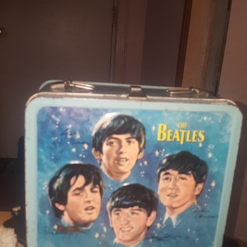 1965 Beatles lunch box with thermos  - Music Memorabilia