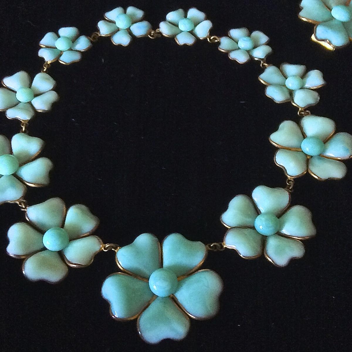 a3d580c207cc7f 1932 Maison Gripoix for Chanel Haute Couture pate de verre camellia  necklace set   Collectors Weekly
