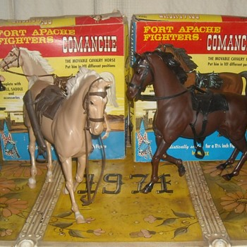 Comanche the Movable Calvary Horse Fort Apache Fighters - Toys