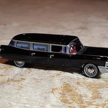 What Could Be Worse? A Johnny Lightning 1959 Cadillac Hearse 2020 - Model Cars