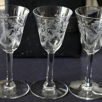 J.E. Caldwell & Co. Shot Glass Set with Box?