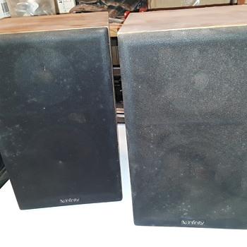 INFINITY RS10b bookshelf speaker system - Electronics