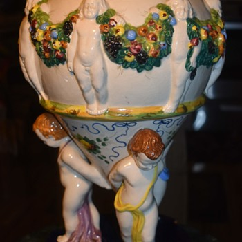 Very large Capodimonte Neoclassical Centerpiece? - Pottery