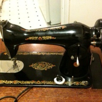 hi, can anyone tell me this sewing machine is worth anything? thanks!