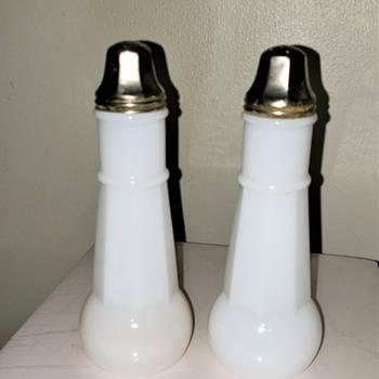 Vintage Milk Glass Salt and Pepper Shaker Set - Kitchen