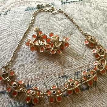 Vintage Dafri Thermoset Demi-Parure - Costume Jewelry