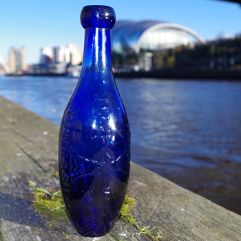 BRADFORD BROTHERS NEWCASTLE FLAT BOTTOMED HAMILTON - Bottles
