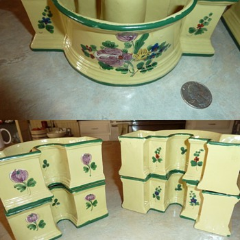 Set of 4 Italy ? clay planters  - Pottery