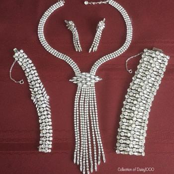 Sherman Jewelry — Statement Necklace Set - Costume Jewelry