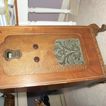 Sterling Antique radio w/ Rola Model K - Radios