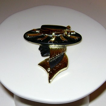 Torino Brooch - Costume Jewelry