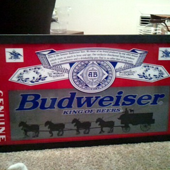 Budweiser beer sign with revolving carriage / motion RARE, 3 feet wide