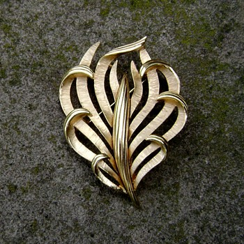 Trifari Floral Brooch - Costume Jewelry