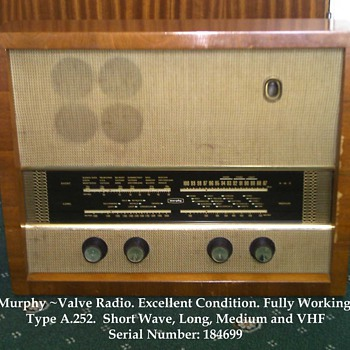 Murphy A.252 Valve Radio (tube if your American) - Radios