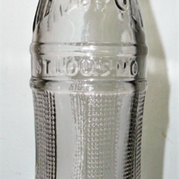 Hy-Rock Beverages / St. Louis, Missouri - Bottles