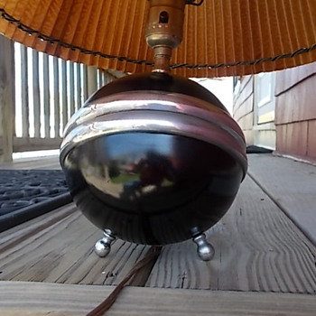 Art Deco Sphere Table lamp? - Art Deco