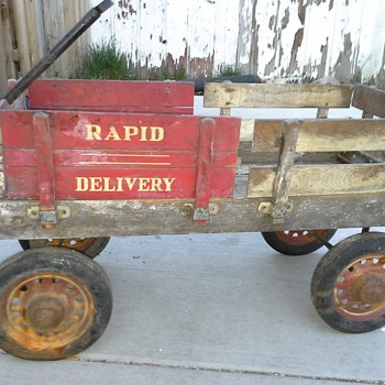 Garton Rapid Delivery Wood Stake Side Coaster Wagon