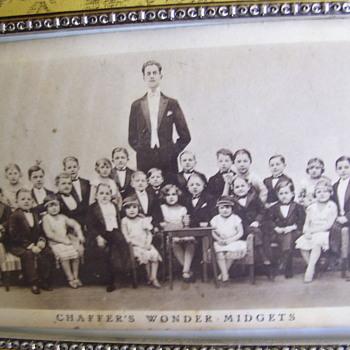 CIRCUS ACT!! 1920s MIDGETS! A Touring/Circus Group