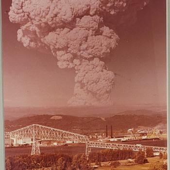 Photo of Mt. St Helen's Eruption - Photographs