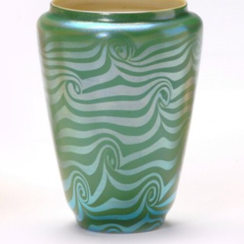 Durand Green King Tut Vase c. 1925 - Art Glass