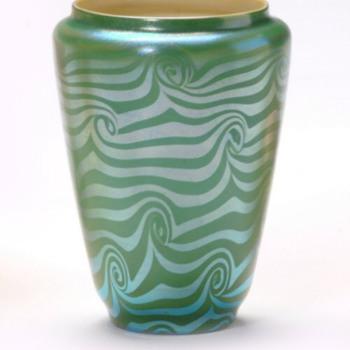 Durand Green King Tut Vase c. 1925