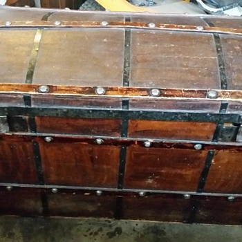 Russian Domed Trunk - Furniture