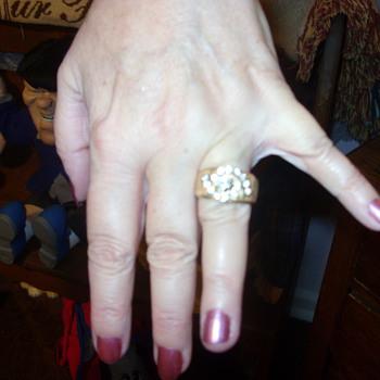 ladies 1 ct 14 kt yellow gold wedding band - Fine Jewelry