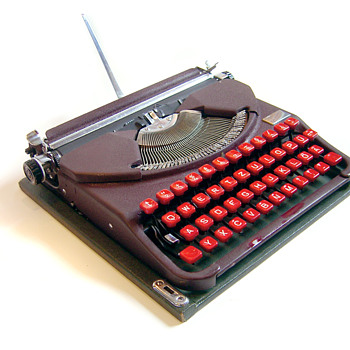 Groma Gromina - East German laptop typewriter