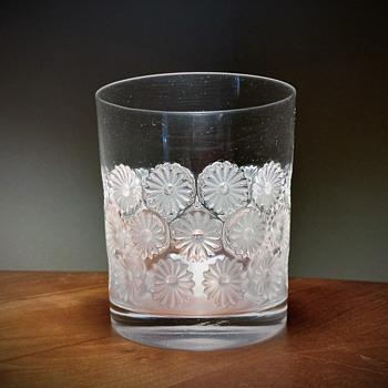 """LALIQUE - FRANCE """"NAPSBURY DAISY"""" - Art Glass"""