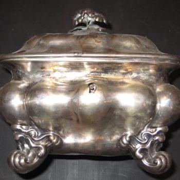 Silver sugar box - Silver