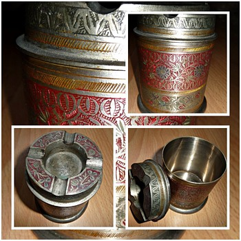 1930's india made ashtray/cigarette box - Tobacciana