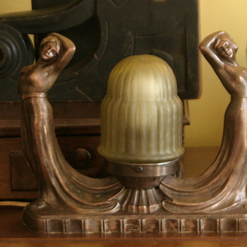 stunning Art Deco double nude figural lamp with original shade - Lamps