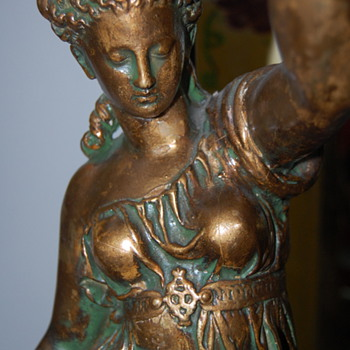 Who made this? Any value? Goddess plaster lamp - Lamps