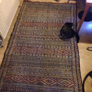 Hand made rug ? 1 of 4  - Rugs and Textiles