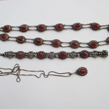 Silver necklace and bracelet with carnelian stones - Fine Jewelry