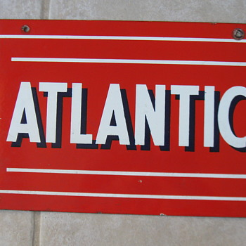 ATLANTIC PORCELAIN GAS PUMP SIGN - Petroliana