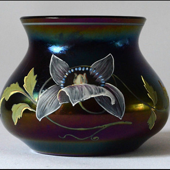POSCHINGER IRIDESCENT  VASE circa 1900 - Art Glass