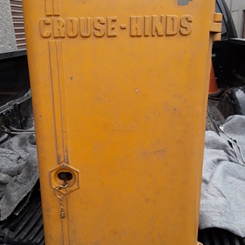 vintage electro-mechanical CROUSE-HINDS traffic signal controller (timer) - Electronics